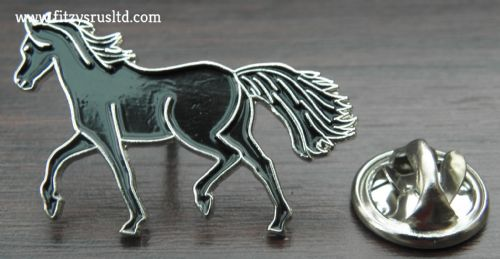 Black Horse Enamel Lapel / Hat / Tie Pin Badge Animal Brooch - Brand New